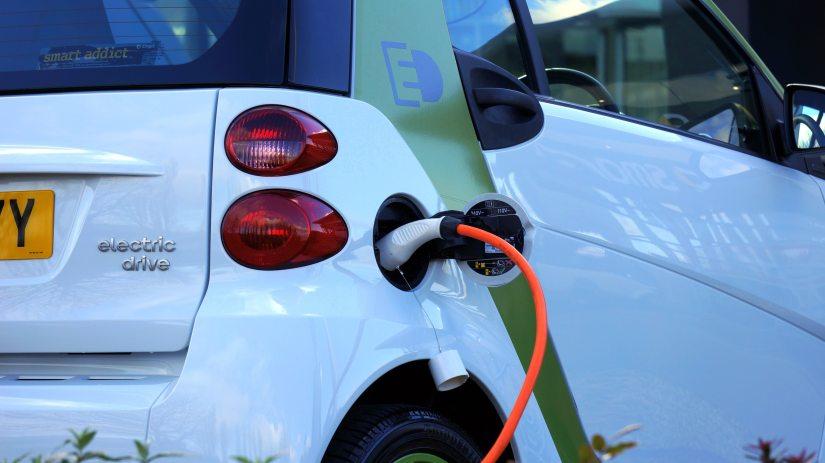 Ren mobilitet: Europaparlamentet antar ny standard gällande koldioxidutsläpp för bilar ochskåpbilar